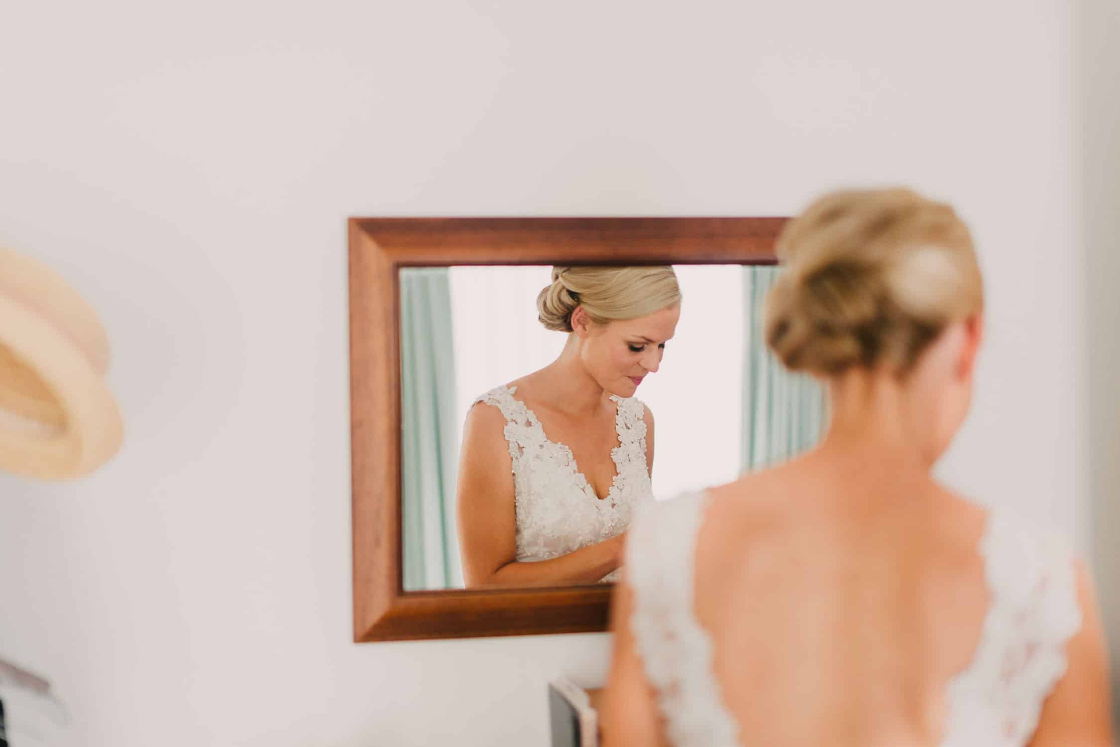 Bride getting ready in Melbourne