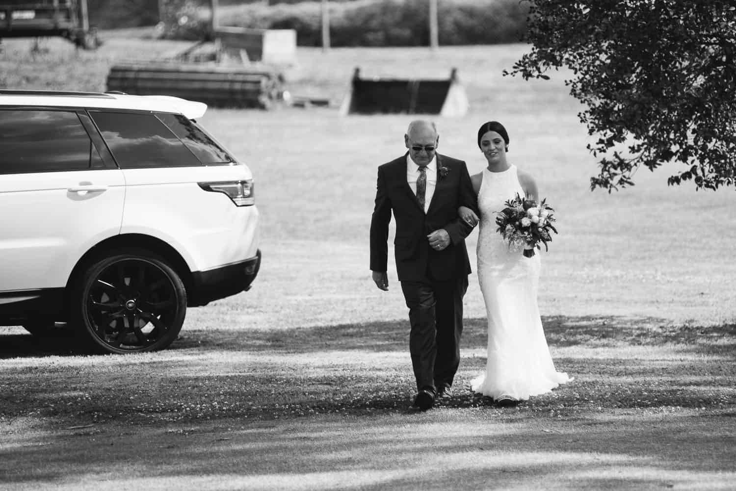 Bride walking down the aisle at Colac Golf Club