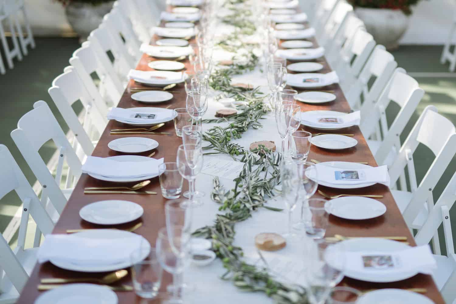 Amazing backyard wedding place-settings