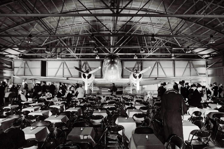 Airplane at Underground Cinema La Guerre