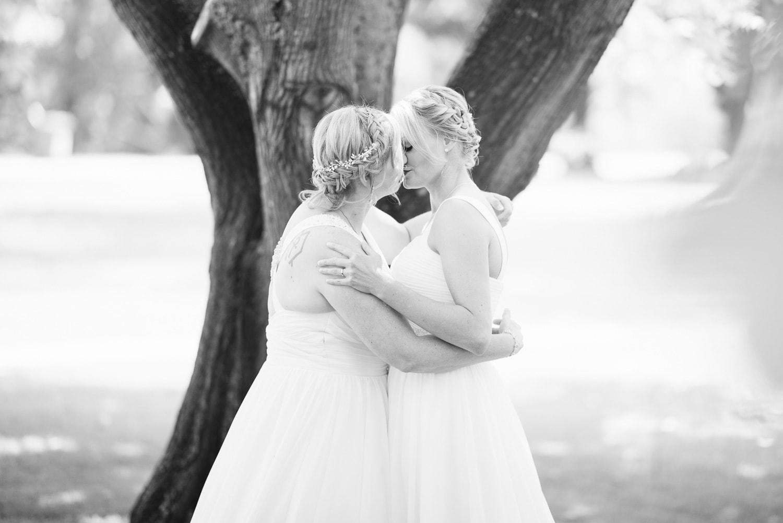 first kiss at same sex wedding