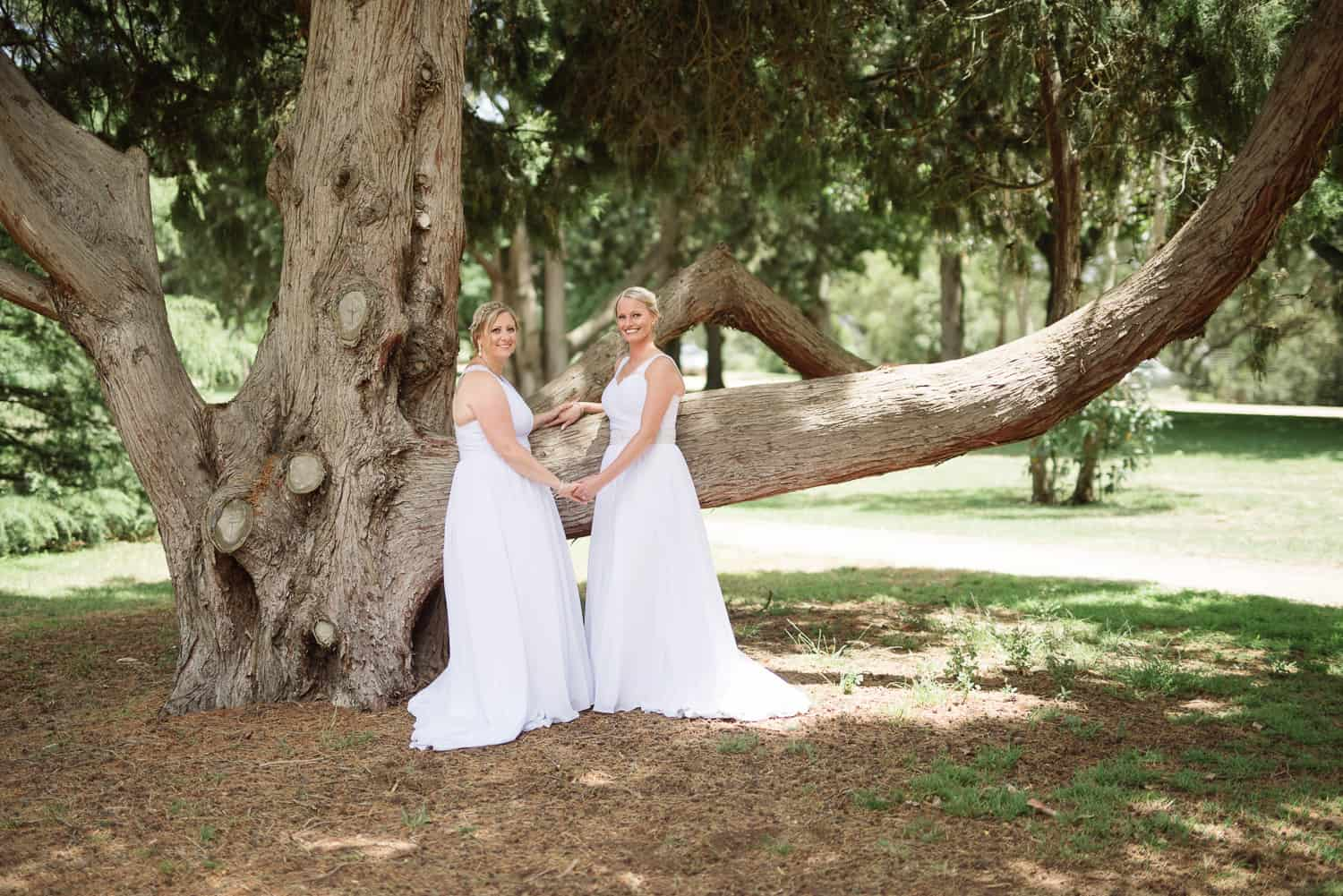 Same sex wedding portraits in colac botanic gardens